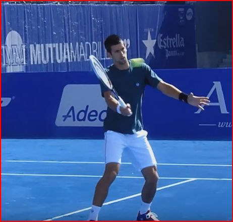 djokovicvolley6